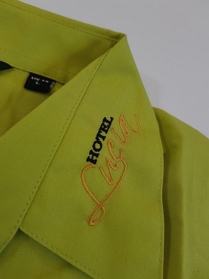 Výšivky na košile - Hotel Lucia