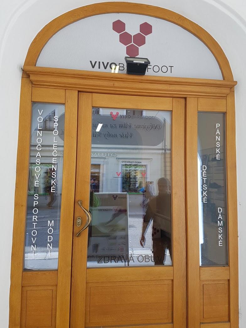 Výloha Vivobarefoot