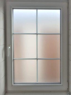 Písková fólie na okně