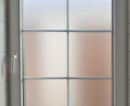 piskova-folie-na-okně